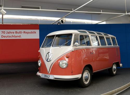 70 Jahre Bulli-Republik: Einmillionster T1 (Samba aus dem Jahr 1962).