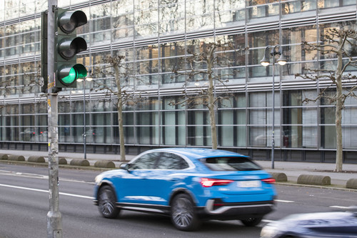 Audi-Ampelinformation.