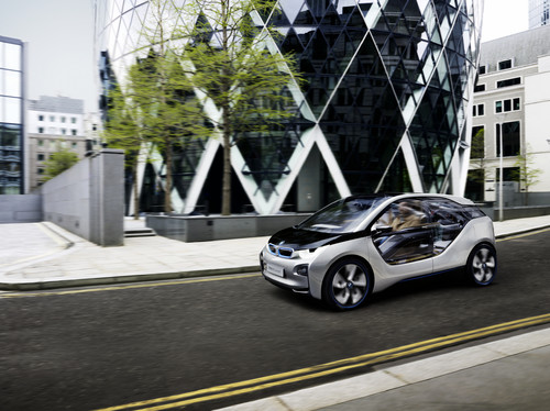 BMW auf der General Police Equipment Exhibition & Conference: BMW i3.