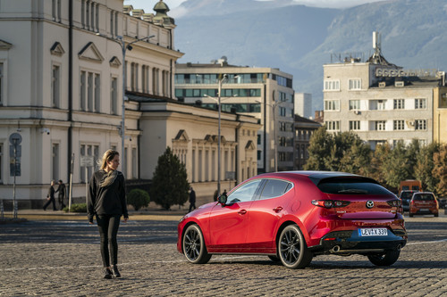 "Der Mazda 3 ist ""Women's World Car of the Year 2019""."