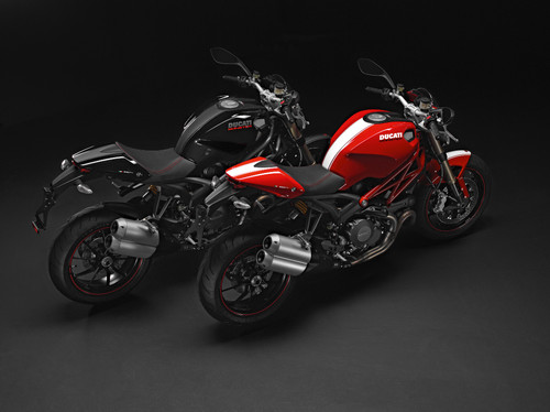Ducati Monster 1100 Evo.