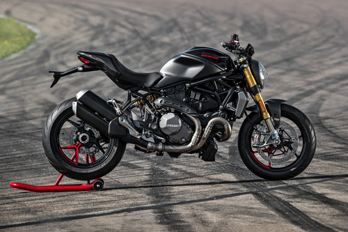 Ducati Monster 1200 S Black on Black.