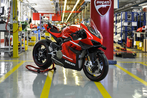 Ducati Superleggera V4 001/500.