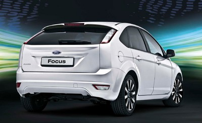 Ford Focus White Magic