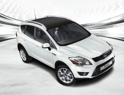 Ford Kuga White Magic.