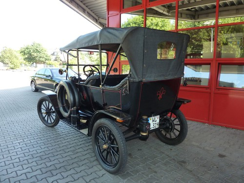 Ford Modell T Touring (1914).