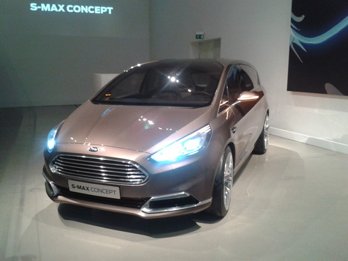 Ford S-Max Concept.