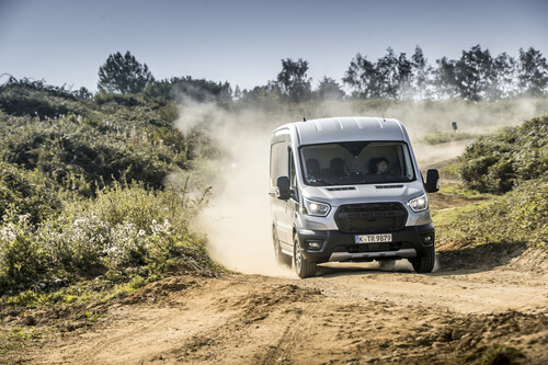 Ford Transit Trail AWD.
