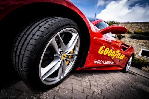 Goodyear Eagle F1 Super Sport.