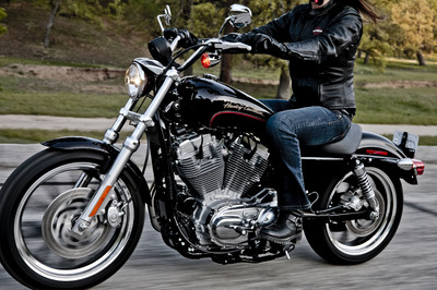 Harley-Davidson Super Low.