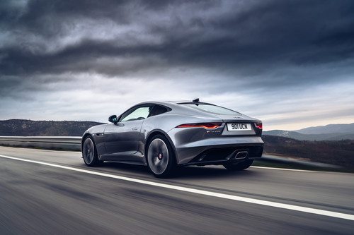 Jaguar F-Type P300.