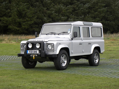 Land Rover Defender, 2012