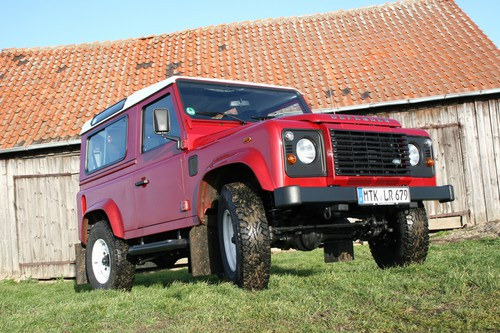 Land Rover Defender 90 SW.