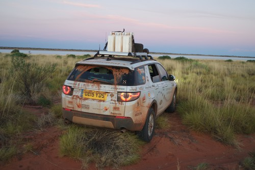 Land Rover Experience Australia 2015: am Ufer des Salzsees Lake Mackay.