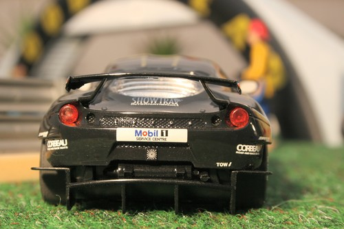 Lotus Evora No. 49 von Scalextric.