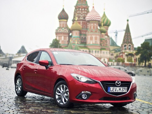 Mazda Route3 in Moskau.