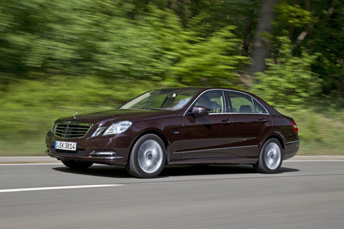 Mercedes-Benz E 350 CGI Blue Efficiency.