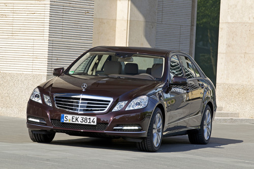 Mercedes-Benz E 350 CGI Blue-Efficiency.