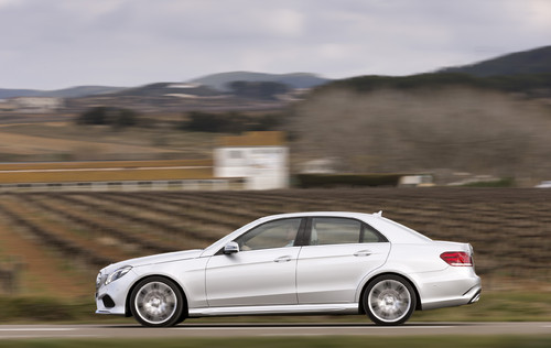 Mercedes-Benz E 350 im AMG-Look.