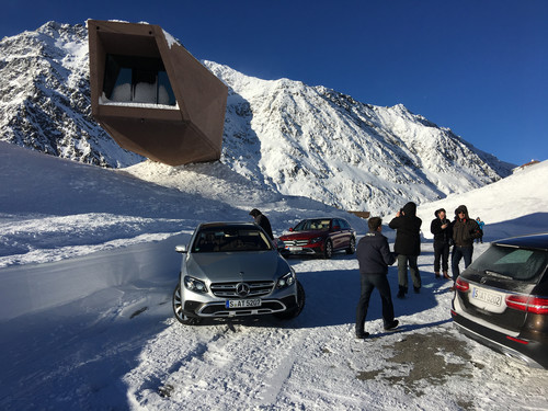 Mercedes-Benz E-Klasse All Terrain am Timmelsjoch.