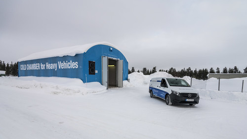 Mercedes-Benz e-Vito im Wintertest in Nordschweden.