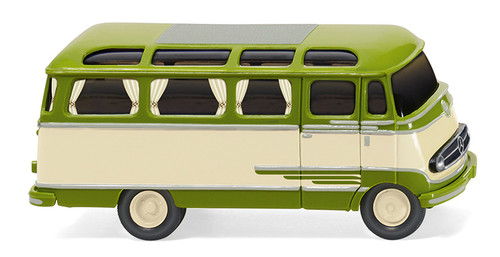 Mercedes-Benz O 309 Panoramabus von Wiking (1:87).