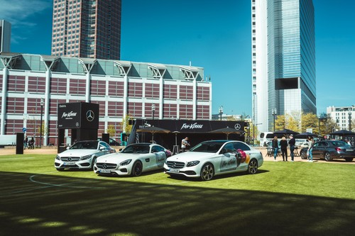 "Mercedes-Benz-Roadshow ""Fan-Klasse""."
