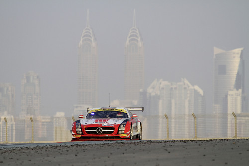 Mercedes-Benz SLS AMG GT3 vom Team Abu Dhabi Black Falcon.