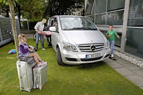 "Mercedes-Benz sucht die ""Viano Family of the Year 2013""."
