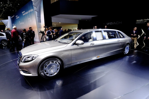 Mercedes-Maybach S 600 Pullman.