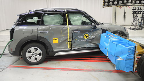 Mini Countryman im Euro-NCAP-Crashtest.