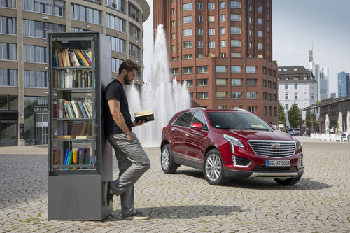 "Mobilitätservice ""Book by Cadillac""."