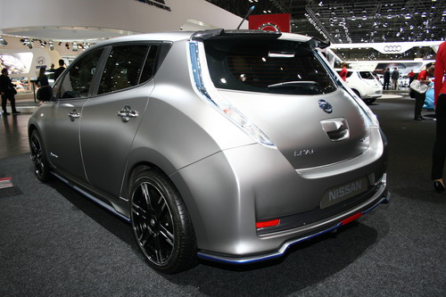 Nissan Leaf mit Nismo-Aero-Performance-Tuning-Kit.