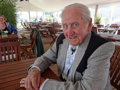 Norman Dewis 2014 am Nürburgring.
