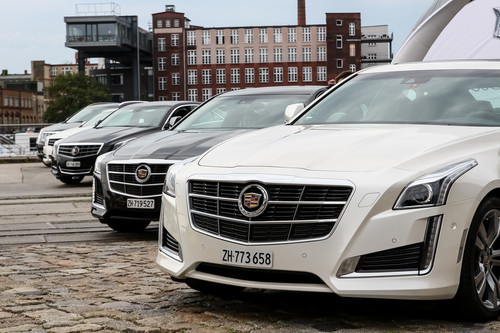 """On Tour""-Roadshow von Cadillac."