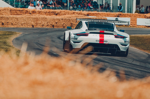 Porsche 911 RSR (2019) in Goodwood.