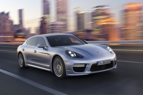 Porsche Panamera Turbo Executive.