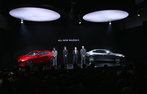 Premiere in Los Angeles: Mazda3.