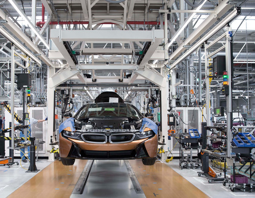 Produktion des BMW i8 Roadster.