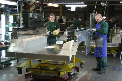 Produktion des Land Rover Defender in Solihull (2015).