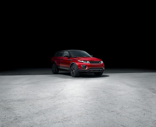 Range Rover Evoque Black Edition.