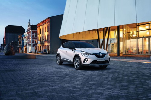 Renault Captur E-Tech.