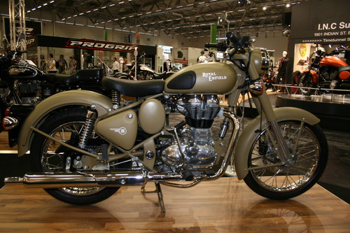 Royal Enfield 500 Classic.