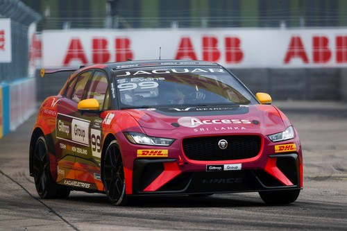 Simon Evans in der Jaguar-I-Pace-e-Trophy.
