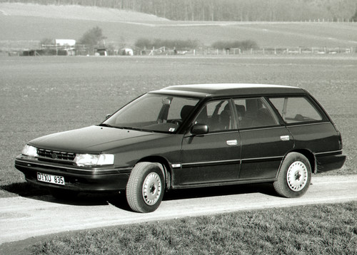 Subaru Legacy Super Station (1990).
