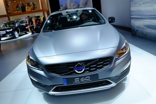 Volvo S60 Cross Country.