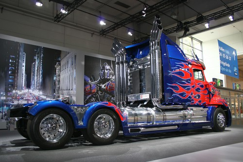 "Western Star 5700 ""Optimus Prime""."