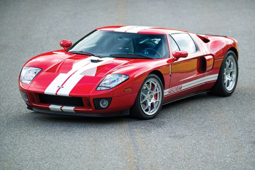 Ford GT (2005).