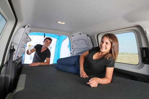 alltrak paket f r den vw caddy beach auto medienportal net. Black Bedroom Furniture Sets. Home Design Ideas