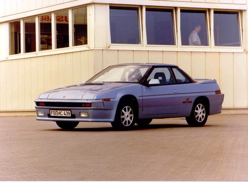 Subaru XT Turbo 4WD (1986).